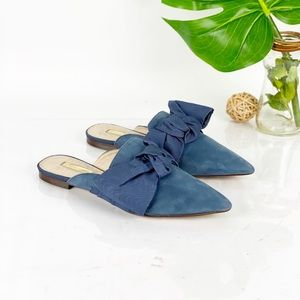 Louise et Cie Cela Pointed Mule Big Bow in Blue